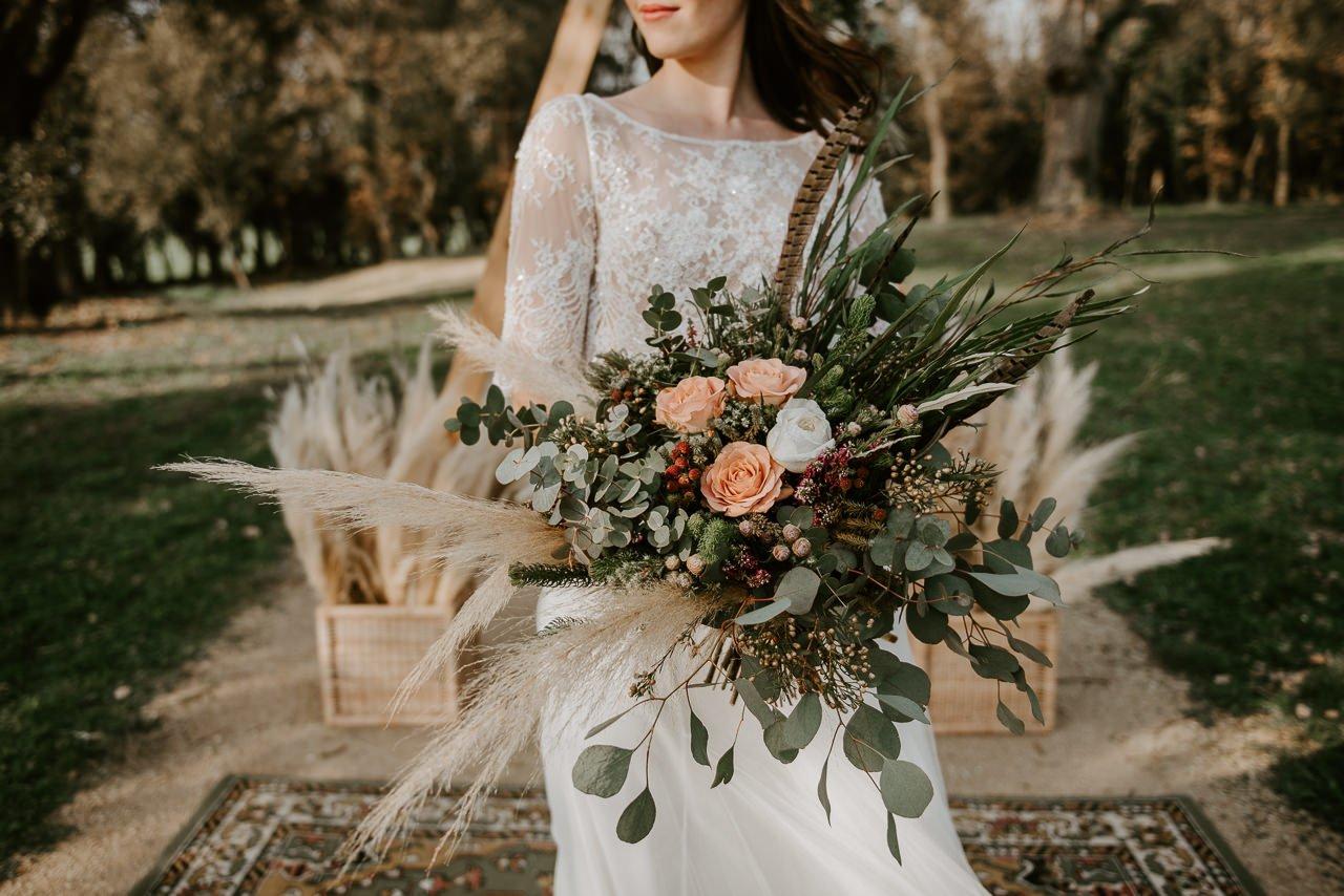 ramo de novia con plumas
